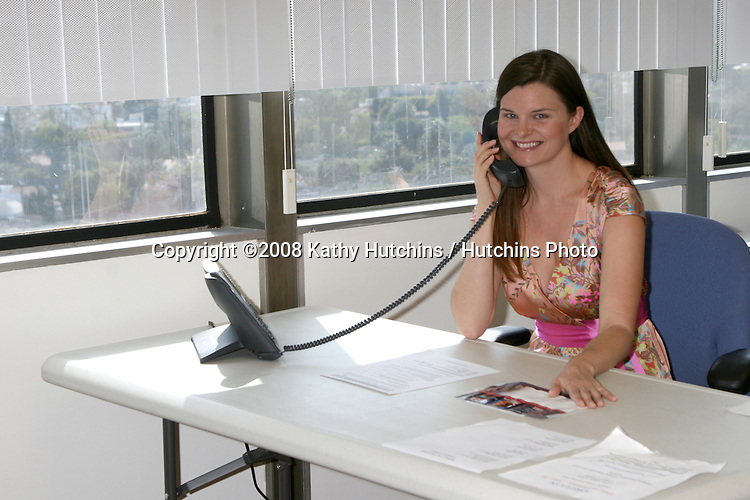 Heather Tom.continues to work in her spare time for the Clinton Campaign.Hillary Clinton Presidential Campaign LA Headquarters.Century City, CA.April 24, 2008.©2008 Kathy Hutchins / Hutchins Photo