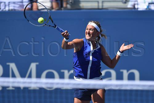 03.09.2014. New York, NY, USA. US Open Tennis tournament grand slam.  Ekaterina Makarova (rus) versus Victoria Azarenka (Bel)