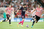 Athletic de Bilbao's Aymeric Laporte (l) and Ander Iturraspe (r) and FC Barcelona's Sergi Roberto during La Liga match. August 28,2016. (ALTERPHOTOS/Acero)