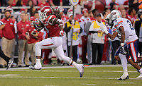 10/31/15<br /> Arkansas Democrat-Gazette/STEPHEN B. THORNTON<br /> Arkansas' Alex Collins breaks loose for another TD run in the  third quarter TD during their game Saturday in Fayetteville.