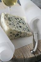 Europe/France/Midi-Pyrénées/12/Aveyron: Fromage AOC Roquefort //  <br />  France, Aveyron, Roquefort AOC cheese