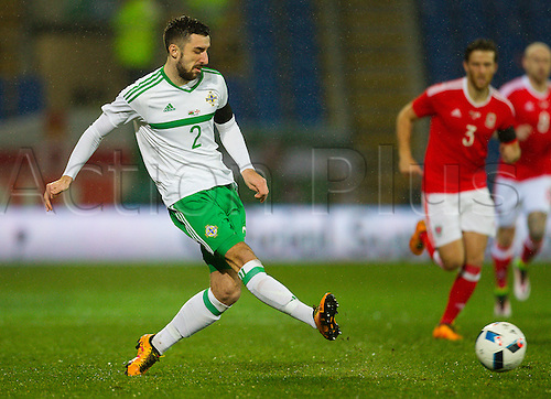 24.03.2016. Cardiff City Stadium, Cardiff, Wales. Vauxhall International Friendly, Wales versus  Northern Ireland. Northern Irelands Conor McLaughlin gets in his cross during the match