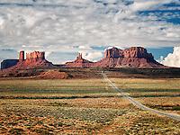 Highway leading to Monument Valley. Utah/Arizona