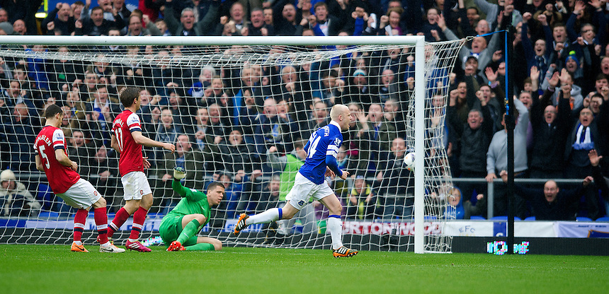 Everton's Steven Naismith celebrates scoring his sides first goal <br /> <br /> Photo by Stephen White/CameraSport<br /> <br /> Football - Barclays Premiership - Everton v Arsenal - Sunday 6th April 2014 - Goodison Park - Liverpool<br /> <br /> &copy; CameraSport - 43 Linden Ave. Countesthorpe. Leicester. England. LE8 5PG - Tel: +44 (0) 116 277 4147 - admin@camerasport.com - www.camerasport.com