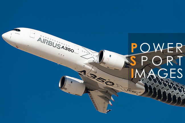 Airbus A350 performs during a flying display as part of the Dubai Airshow on 9 November 2015 at the outskirts of Dubai, United Arab States. Photo by Victor Fraile / Power Sport Images