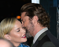 Abbie Cornish &amp; Gerard Butler at the premiere for &quot;Geostorm&quot; at TCL Chinese Theatre, Hollywood. Los Angeles, USA 16 October  2017<br /> Picture: Paul Smith/Featureflash/SilverHub 0208 004 5359 sales@silverhubmedia.com
