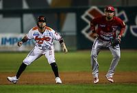 Fernando  Perez de naranjeros, durante juego de beisbol de la Liga Mexicana del Pacifico temporada 2017 2018. Tercer juego de la serie de playoffs entre Mayos de Navojoa vs Naranjeros. 04Enero2018. (Foto: Luis Gutierrez /NortePhoto.com)