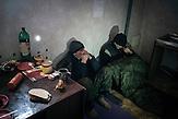 Gefangene prorussische Rebellen beim Donbass Bataillon in Artemiwsk nahe Debaltsewo nach dem Abkommen von Minsk zu Beginn des Waffenstillstandes, 15.02.2015/  Donbass Bataillon Artemiwsk near Debaltseve after the  Minsk deal at the Begining of ceasefire_15.0 2.2014