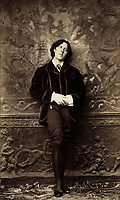 New York, ca. 1882. - Oscar Wilde by Napoleon Sarony,