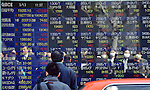 dMarch 13, 2015, Tokyo, Japan - The 225-issue Nikkei Stock Average rises more than 250 points to the neighborhood of 19,270.00 during the morning trading on the Tokyo Stock Exchange market on Friday, March 13, 2015.  (Photo by Natsuki Sakai/AFLO)
