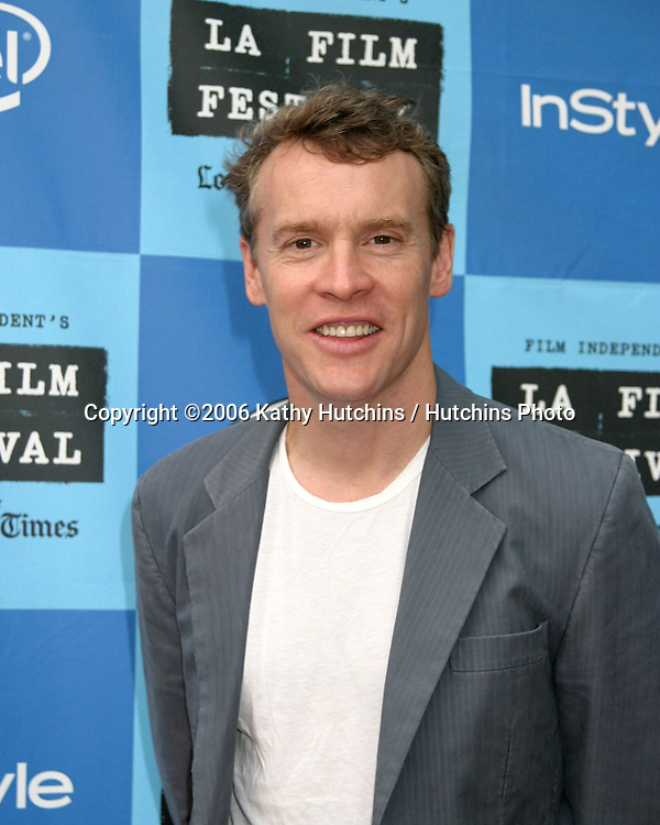 "Tate Donovan.""The Lather Effect"" Premiere.Mann's Festival Theater.Westwood, CA.June 26, 2006.©2006 Kathy Hutchins / Hutchins Photo...."