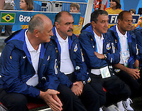 SAO PAULO - BRASIL -12-06-2014. Luiz Felipe Scolari (Izq) técnico de Brasil durante partido del Grupo A de la fase inicial contra Croacia jugado en el estadio Arena Corinthians en Sao Paulo por la Copa Mundial de la FIFA Brasil 2014./ Luiz Felipe Scolari (L) coach of Brazil during the match of Group A of the initial phase against Croatia played at Arena Corinthians in Sao Paulo for the 2014 FIFA World Cup Brazil. Photo: VizzorImage / Alfredo Gutiérrez / Cont