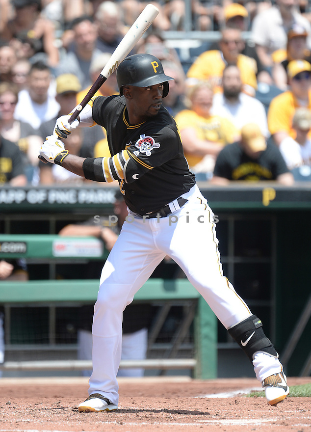 Pittsburgh Pirates Andrew McCutchen (22) during a game against the Los Angeles Dodgers on June 27, 2016 at PNC Park in Pittsburgh, PA. The Dodgers beat the Pirates 4-3.