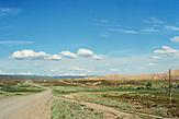 Das Altai-Gebirge befindet sich an der Ostgrenze Kasachstans. Es weist Höhen bis zu 4500 m auf und ist wegen seiner Schönheit berühmt. / The Altai Mountains are located on the eastern border of Kazakhstan. It has heights up to 4500 m and is famous for its beauty.