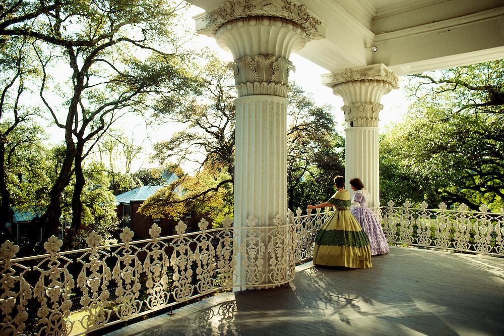 Women On Balcony Of Stanton Hall Nathcez Ms Gail
