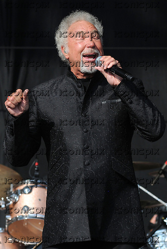 TOM JONES performing live on Day Two on the Virgin Media Stage at the V Festival 2012 held in Hylands Park Chelmsford Essex UK - 19 Aug 2012.  Photo credit: Ben Rector/IconicPix