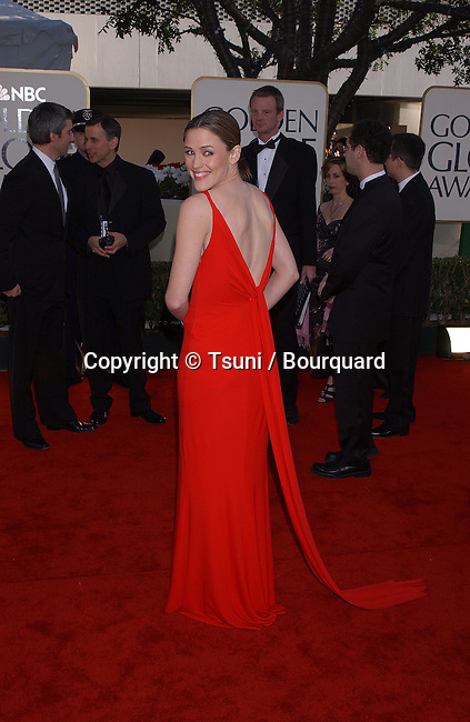 Jennifer Garner arrives at the 2002 Golden Globe Awards at the Beverly Hilton Hotel on Sunday, January 20, 2002. GarnerJennifer05.JPG