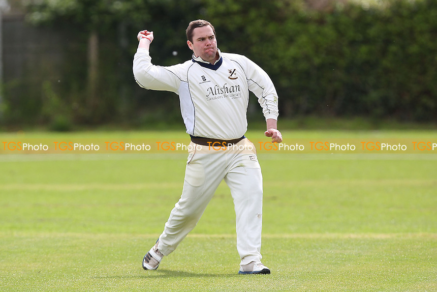 Alan Ison back in action for Upminster - Upminster CC vs Chingford CC - Essex Cricket League Cup - 26/04/14 - MANDATORY CREDIT: Gavin Ellis/TGSPHOTO - Self billing applies where appropriate - 0845 094 6026 - contact@tgsphoto.co.uk - NO UNPAID USE