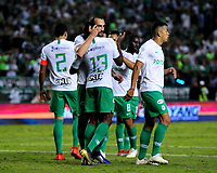 PALMIRA - COLOMBIA, 26-05-2019: Jugadores del Nacional celebran después del partido entre Deportivo Cali y Atlético Nacional por la fecha 4, cuadrangulares semifinales, de la Liga Águila I 2019 jugado en el estadio Deportivo Cali de la ciudad de Palmira. / Players of Nacional celebrate after match between Deportivo Cali and Atletico Nacional for the date 4, semifinal quadrangulars, as part Aguila League I 2019 played at Deportivo Cali stadium in Palmira city.  Photo: VizzorImage / Nelson Rios / Cont