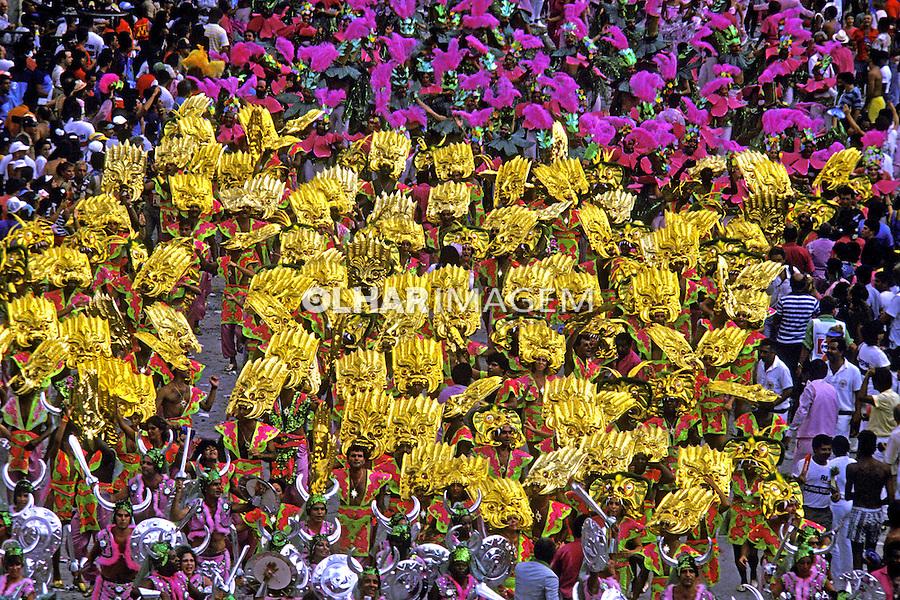 Desfile de carnaval da Mangueira, Rio de Janeiro. 1987. Foto de Juca Martins.