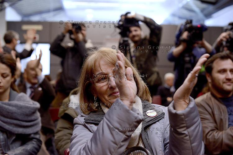 Roma, 22 Marzo 2013.Città dell'altra econimia..Il Movimento 5 Stelle presenta alla stampa Marcello De Vito  candidato a Sindaco di Roma.Una militante