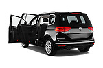Car images of 2016 Volkswagen Touran Highline 5 Door Mini Mpv Doors
