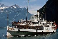 Vierwaldstätter See, Raddampfer am Urner See, Schweiz