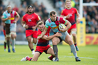 Tim Visser of Harlequins is tackled. Aviva Premiership match, between Harlequins and Worcester Warriors on October 28, 2017 at the Twickenham Stoop in London, England. Photo by: Patrick Khachfe / JMP