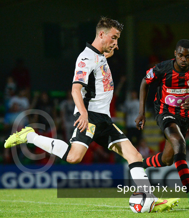 20150807 - ROESELARE, BELGIUM: Roeselare's Tom Raes pictured during the Proximus League match between KSV Roeselare and RFC Seraing , in Roeselare , Friday 7 August 2015, on the 1st day of the Belgian second division soccer championship. PHOTO DAVID CATRY