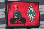 22.07.2017, Millerntor-Stadion, Hamburg, GER, FSP, FC St. Pauli vs SV Werder Bremen<br /> <br /> im Bild<br /> Anzeigetafel, Spieler, Aufstellung, Max Kruse (Werder Bremen #10), Feature, <br /> <br /> Foto &copy; nordphoto / Ewert