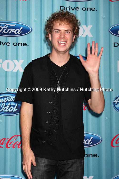 Scott MacIntyre   arriving at the American idol Top 13 Party at AREA in Los Angeles, CA  on.March 5, 2009.©2009 Kathy Hutchins / Hutchins Photo...                .