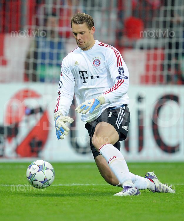 FUSSBALL   CHAMPIONS LEAGUE   SAISON 2011/2012     02.11.2011 FC Bayern Muenchen - SSC Neapel Torwart Manuel Neuer (FC Bayern Muenchen)