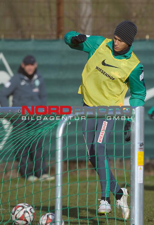 26.02.2015, Trainingsgelaende, Bremen, GER, 1.FBL, Training Werder Bremen, im Bild Davie Selke (Bremen #27)<br /> <br /> Foto &copy; nordphoto / Frisch
