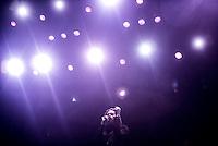 CIUDAD DE MEXICO, D.F. 21 Noviembre.- Father Join Misty durante el festival Corona Capital 2015 en el Autodromo Hermanos Rodríguez de la Ciudad de México, el 21 de noviembre de 2015.  FOTO: ALEJANDRO MELENDEZ