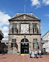 Nederland Gouda  2017.  De Waag aan het marktplein in Gouda.   Foto Berlinda van Dam / Hollandse Hoogte