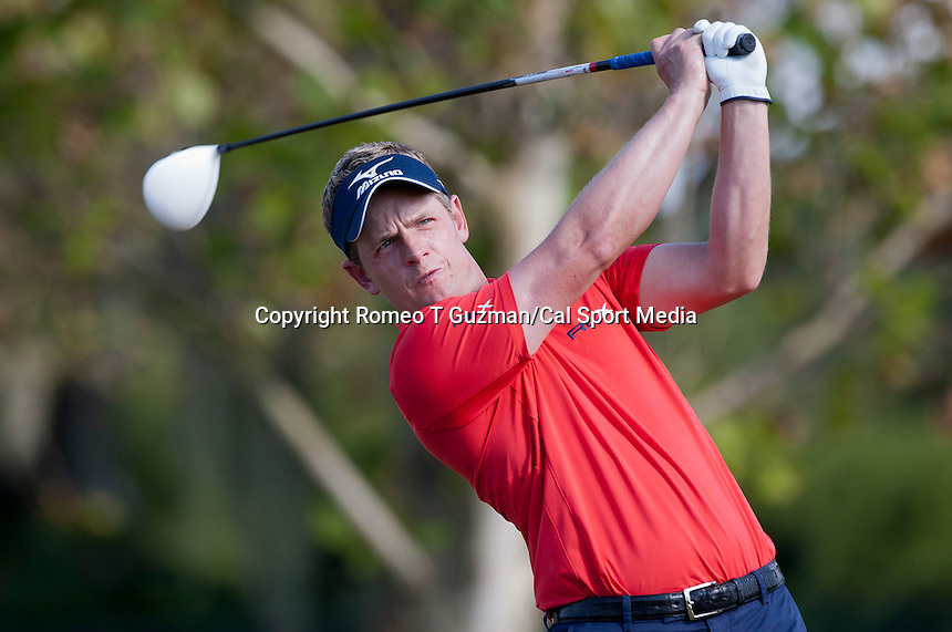 November 14, 2010: Luke Donald of England on the 18th tee of the Magnolia course during third round golf action from The Children's Miracle Network Hospitals Classic held at The Disney Golf Resort in Lake Buena Vista, FL.