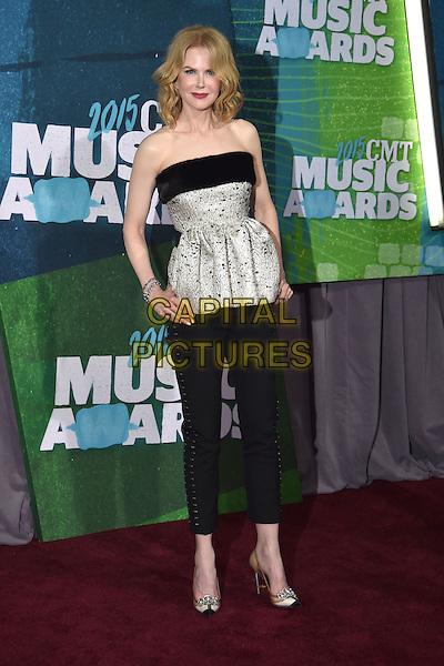 10 June 2015 - Nashville, Tennessee - Keith Urban, Nicole Kidman. 2015 CMT Music Awards held at Bridgestone Arena. <br /> CAP/ADM/LF<br /> &copy;Laura Farr/AdMedia/Capital Pictures