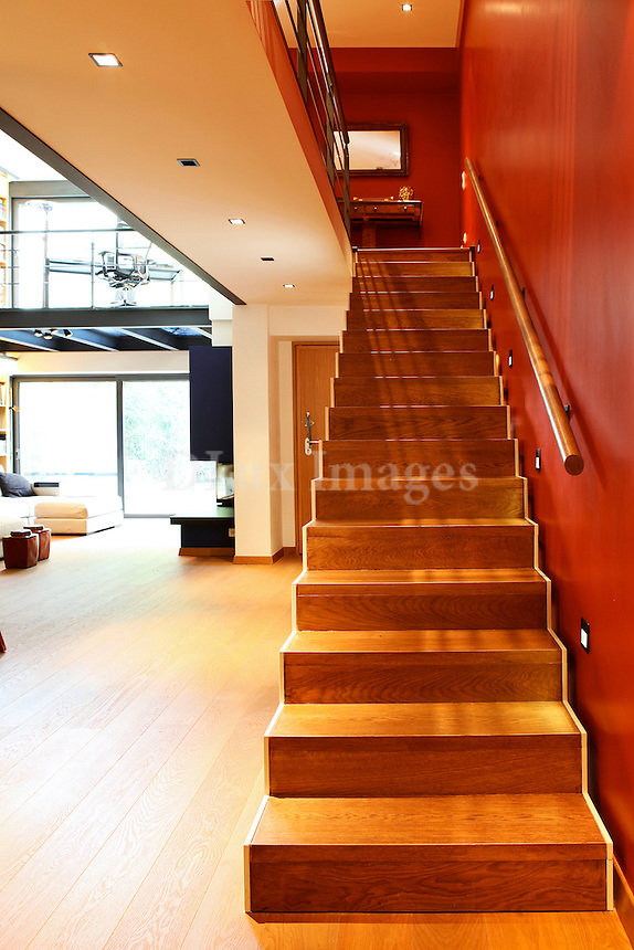 modern contemporary wooden staircase
