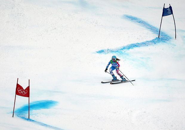USA's Julia Mancuso skis between gates on her first run during the women's giant slalom at the XXI Olympic Winter Games Wednesday, February 24, 2010 in Whistler, British Columbia