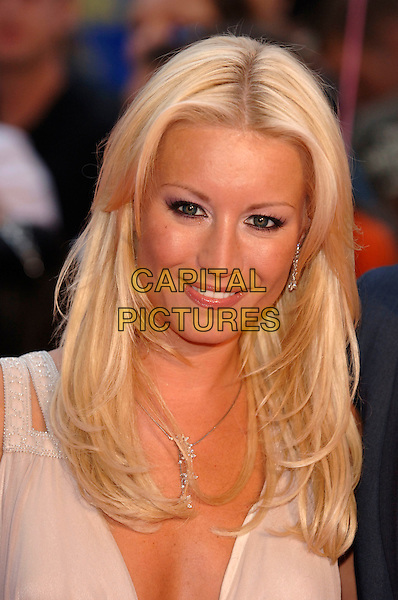 "DENISE VAN OUTEN.Arrivals at ASDA's ""Tickled Pink"" charity concert .The Royal Albert Hall.London, 18th September 2005.REF: PL.portrait headshot.www.capitalpictures.com.sales@capitalpictures.com.©Capital Pictures"