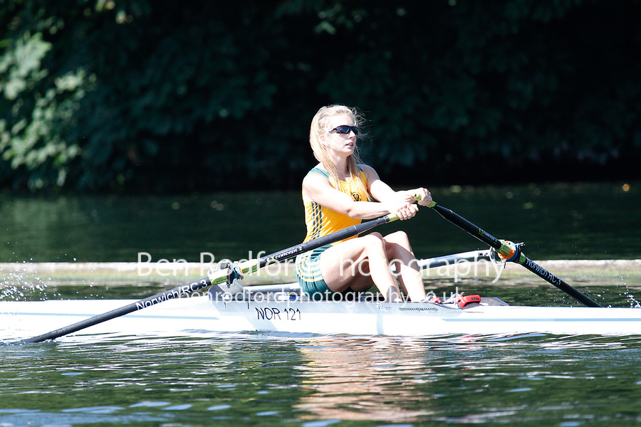 Race: 106 Event: SLwt 1x Quarter-Final - Derby RC vs Norwich RC<br /> <br /> Henley Women's Regatta 2017<br /> <br /> To purchase this photo, or to see pricing information for Prints and Downloads, click the blue 'Add to Cart' button at the top-right of the page.