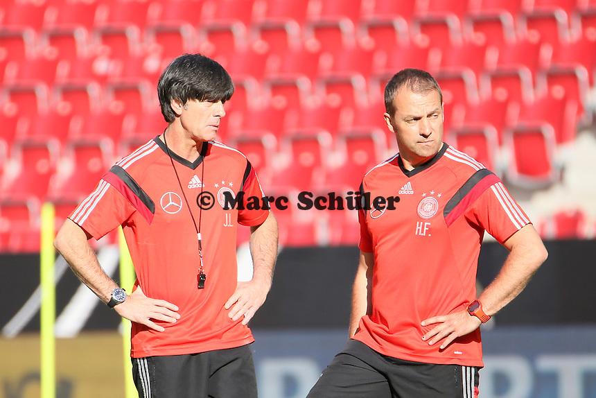 Bundestrainer Joachim Löw und Co-Trainer Hansi Flick (D) - Abschusstraining Nationalmannschaft in Mainz