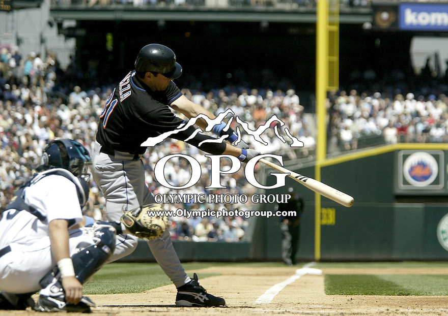 19 June 2005: New York Mets catcher Mike Piazza hit a line drive to right field against the Seattle Mariners at Safeco in Seattle, WA.
