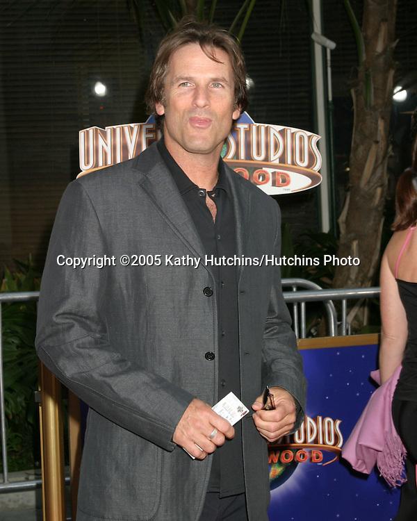 Hart Bochner.Cinderella Man World Premiere.Gibson Amphitheatre.Universal City Walk.Los Angeles, CA.May 23, 2005.©2005 Kathy Hutchins / Hutchins Photo