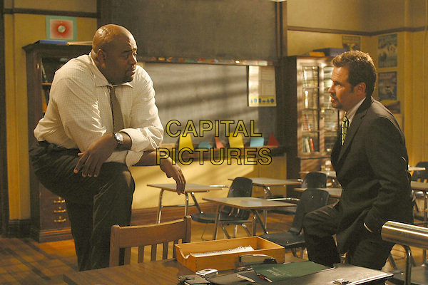 "CHI McBRIDE & DENNIS MILLER.in Boston Public.""Chapter Seventy-One"".Filmstill - Editorial Use Only.Ref: FB.www.capitalpictures.com.sales@capitalpictures.com.Supplied by Capital Pictures"