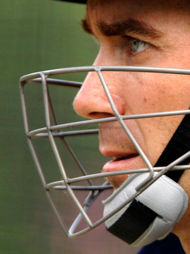 Photo: Glyn Thomas..Australia training. nPower Test Match Series, The Ashes 2nd Test..03/08/2005..Australia's Justin Langer in the nets.