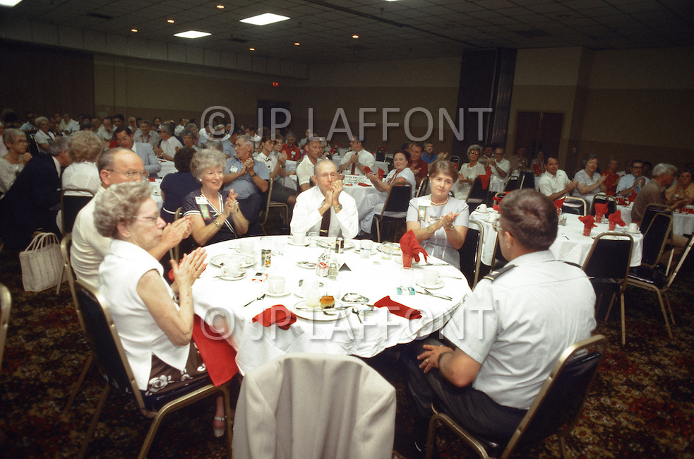 Special Force, May 31st 1982. Ceremony for the 30th Anniversary of the Special Force. Special evening with retired Special Force Officers.