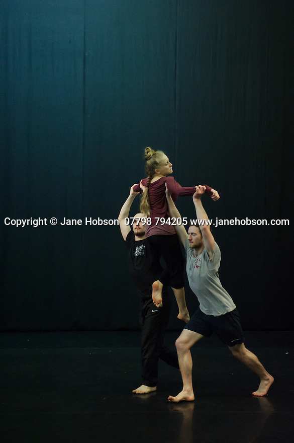 Cardiff, UK. 19.01.2016. National Dance Company Wales in the studio at Dance House, Wales Millennium Centre, rehearsing FOLK, choreographed by artistic director, Caroline Finn, in preparation for their Spring Tour 2016. Photograph © Jane Hobson.