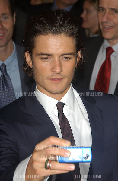 ORLANDO BLOOM at the USA premiere of his new movie The Lord of the Rings: The Return of the King, in Los Angeles..December 3, 2003