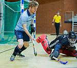 Almere - Zaalhockey  Laren-SCHC (heren)   .  Tim Bakker (Laren) . TopsportCentrum Almere.    COPYRIGHT KOEN SUYK